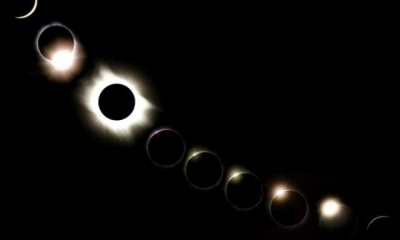 Watch the 2017 North American Eclipse Live!